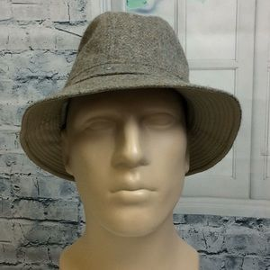 Mountain Walker wool hat